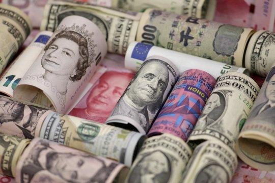 Dolar AS naik di tengah penurunan sterling