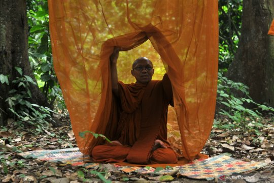 Kunjungan biksu dari luar negeri saat Waisak