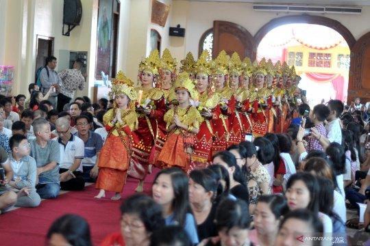 Uniknya Perayaan Hari Waisak di Palembang