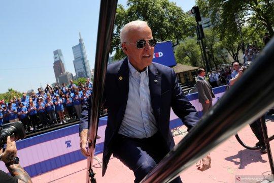 Biden: 'Lidah beracun' Trump picu penembakan massal di AS