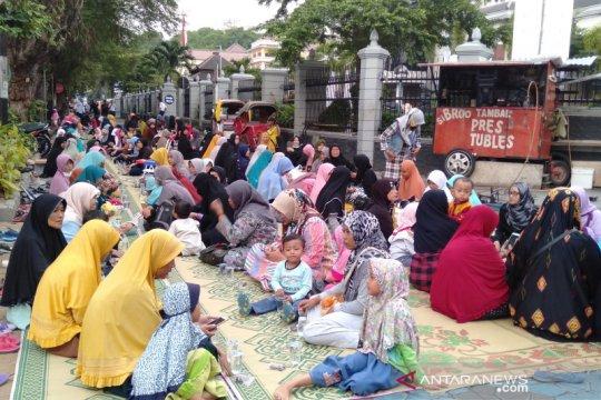 Relawan Prabowo-Sandi tuntut KPU jurdil