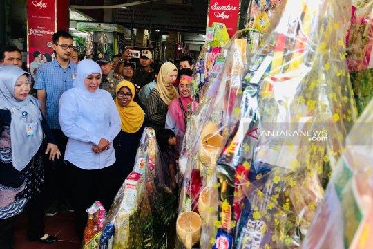 Gubernur Jawa Timur inspeksi penjualan parsel di Surabaya