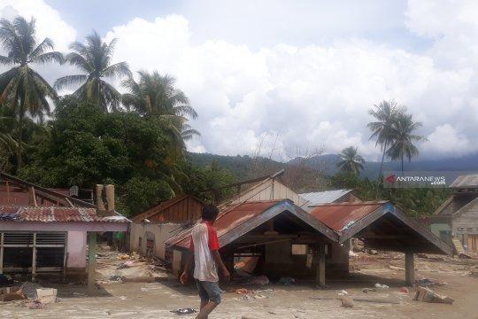 Korban banjir Bangga-Sigi butuh air bersih