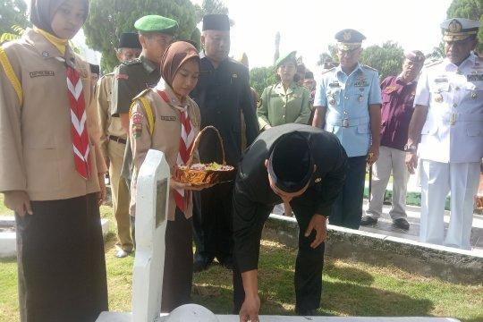 Gubernur Sumut pugar makam pahlawan untuk peringati Harkitnas