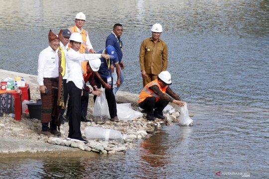 Presiden Jokowi resmikan Bendungan Rotiklot di NTT