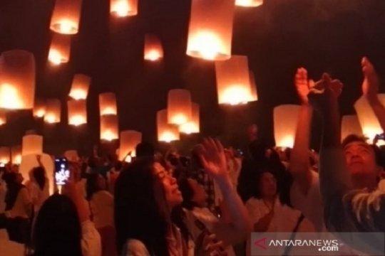 Aksi protes di Hong Kong akan diwarnai perayaan lentera