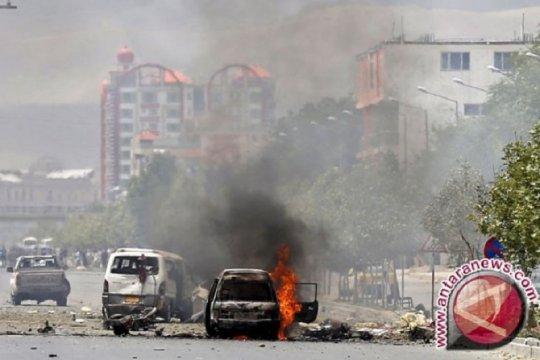 Ledakan besar guncang daerah di sekitar Kemenhan Afghanistan