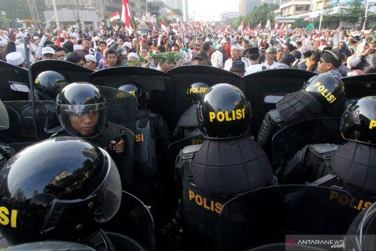 Polisi ingatkan massa tak menginap di depan Gedung Bawaslu