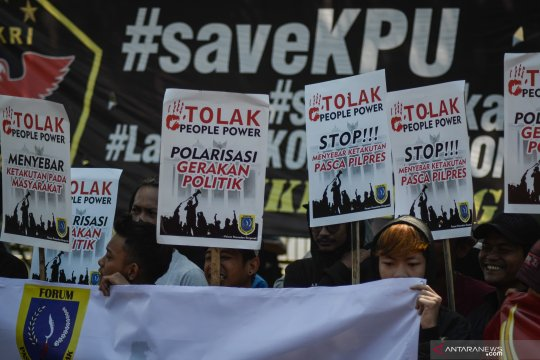 """Mahasiwa Bali tolak """"people power"""" di Monumen Bajra Sandhi"""