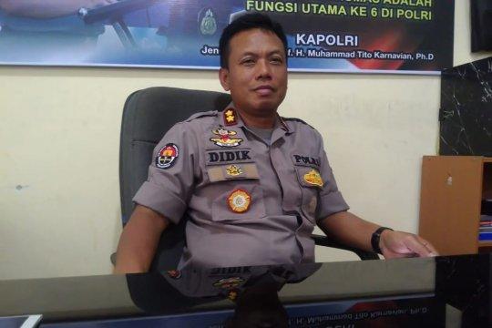 Kepolisian siagakan ratusan personil di KPU Sulawesi Tengah.