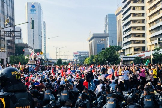 Jalan Thamrin masih ditutup Rabu