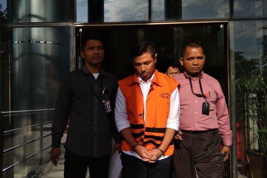 Dua tersangka kasus suap Krakatau Steel dilimpahkan ke penuntutan
