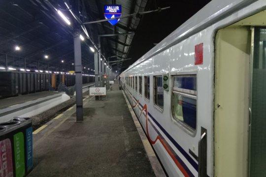 KAI Tanjung Karang tunggu instruksi, kereta belum beroperasi kembali