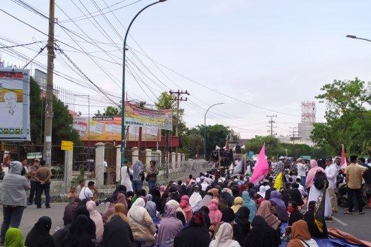 GNKR gelar aksi damai masyarakat di KPU Sumut