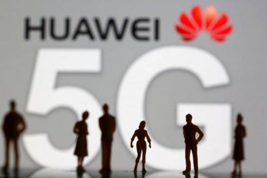 Penjabat kepala anggaran Trump minta penundaan pembatasan atas Huawei