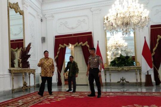 Ketum Golkar ucapkan selamat kepada Jokowi