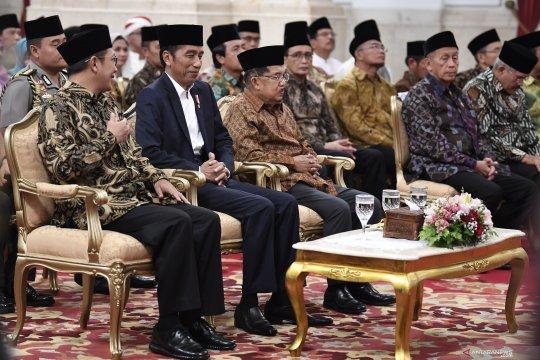 Berita menarik politik, rekapitulasi suara hingga calon Ketua DPR