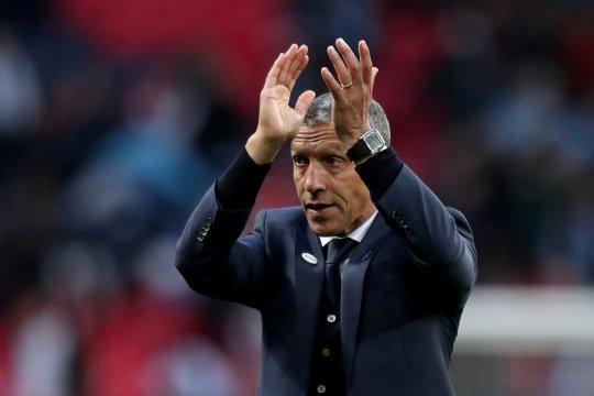 Alami enam kekalahan, Nottingham Forest pecat Chris Hugthon