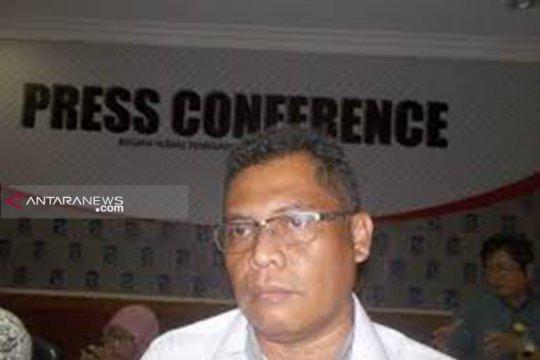 Tim gabungan jaga kantor KPU dan Bawaslu Surabaya