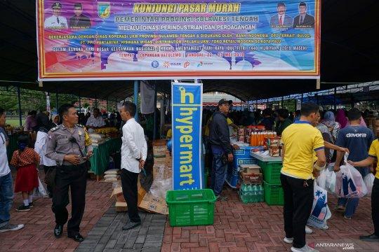 Warga serbu lokasi pasar murah Ramadhan di Palu