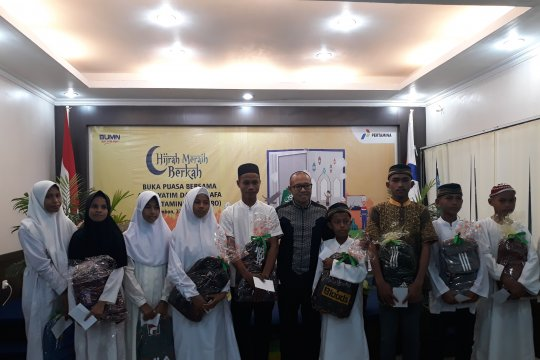 Pertamina Ambon berbagai di Bulan Ramadhan ke panti asuhan