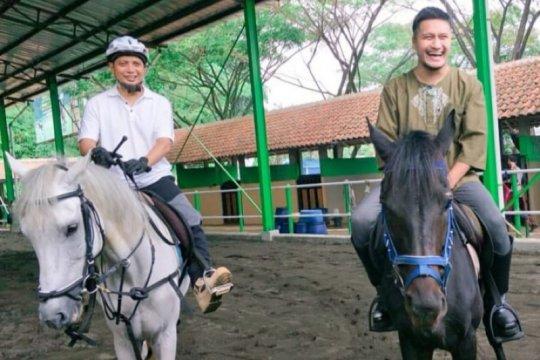 Arie K Untung bagikan kenangan dengan Ustaz Arifin Ilham