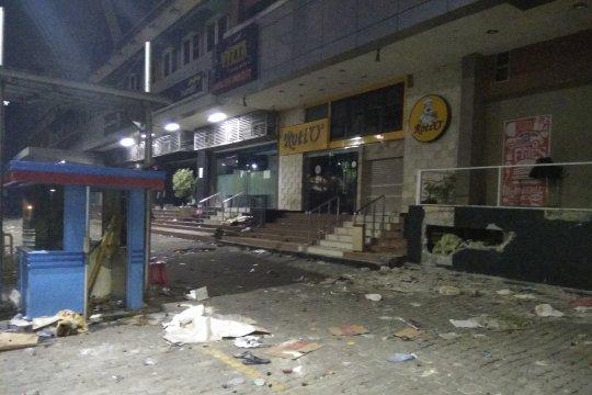 Kondisi Pertokoan Sarinah: Konblok dilepas, CCTV tidak pada posisinya