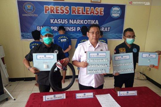 BNN Papua Barat bekuk empat pengedar sabu-sabu di Sorong
