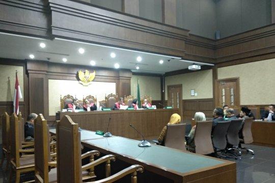 Lima orang anggota DPRD Sumut divonis 5 dan 4 tahun penjara