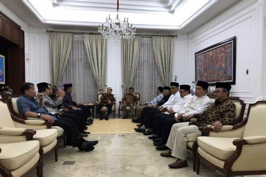 Wapres Jusuf Kalla bertemu tokoh agama dan tokoh masyarakat