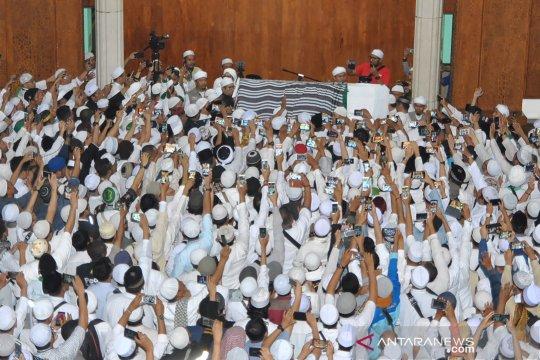 Jenazah Ustadz Arifin Ilham dishalatkan di Masjid Az-Zikra