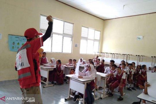 PMI beri penyuluhan kesehatan ke ratusan pelajar SD terdampak tsunami