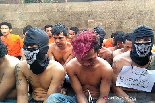Polisi usut latar belakang pelaku ricuh 22 Mei di Petamburan
