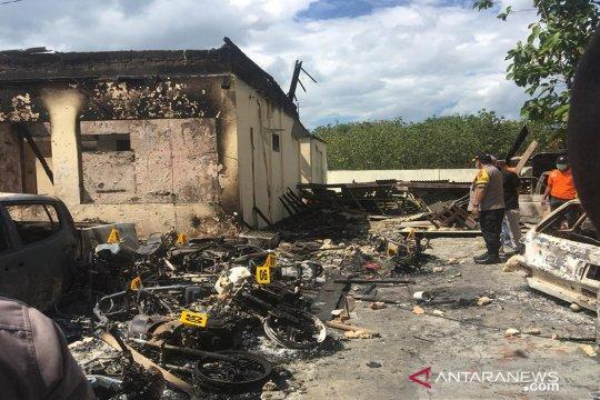 Polisi selidiki dalang kasus pembakaran Mapolsek Tambelangan