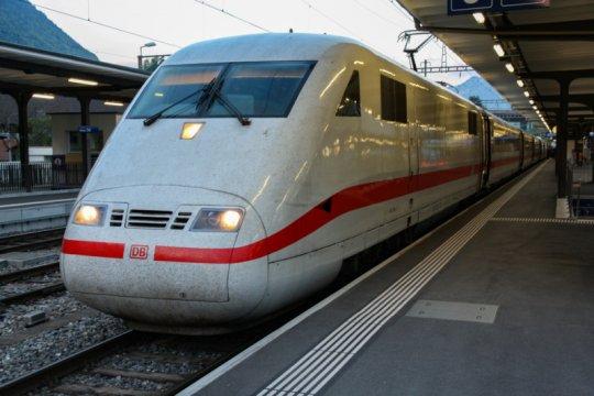 Malaysia tunda kelanjutan pembangunan kereta api RTS dengan SIngapura