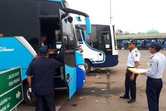 28 bus  AKAP di Lampung tak layak jalan antar pemudik