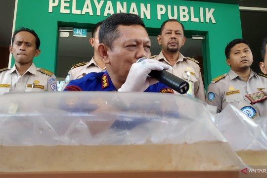 Polair Riau gagalkan penyelundupan bibit lobster senilai Rp11,25 M