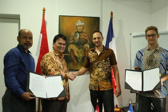 Prancis-Indonesia kerja sama pengembangan pelet jerami padi