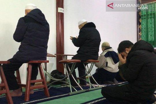 Pelajar Indonesia pelopori penyediaan kursi disabilitas di masjid