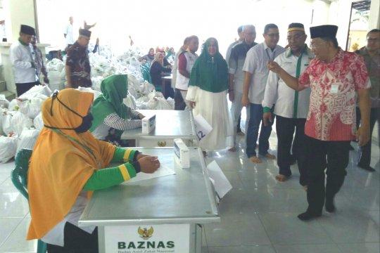 Baznas bagikan 2.000 paket Ramadhan untuk mustahik