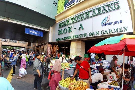 Aktivitas jual beli di Tanah Abang kembali meningkat