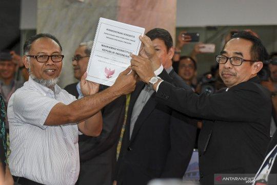 Prabowo Sandi akhirnya daftarkan sengketa Pilpres ke MK