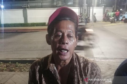 Pemilik warung korban penjarahan tak menyangka bertemu Presiden