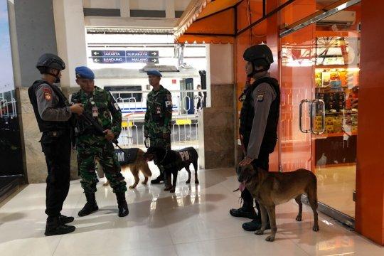 K-9 TNI/Polri diterjunkan bantu pengamanan stasiun Yogyakarta