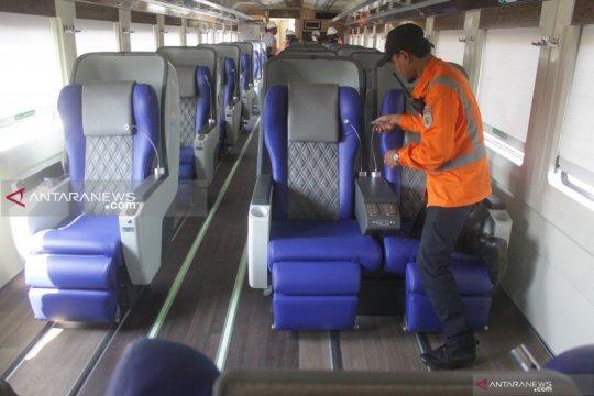 Gerbong Luxury generasi 2 diluncurkan di KA Gajayana