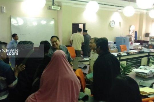 Belasan PKL diperkenankan berjualan kembali di KBS selama Lebaran
