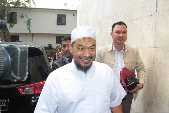 Ustaz Sambo penuhi panggilan sebagai saksi kasus Eggi Sudjana