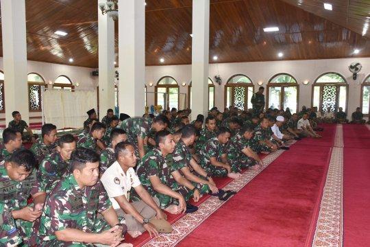 Personel Lantamal Ambon diminta terapkan ajaran Al Quran dalam tugas