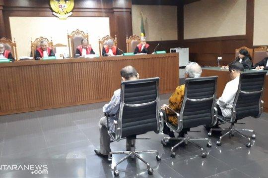 Tiga orang anggota DPRD Sumut divonis 4 tahun penjara