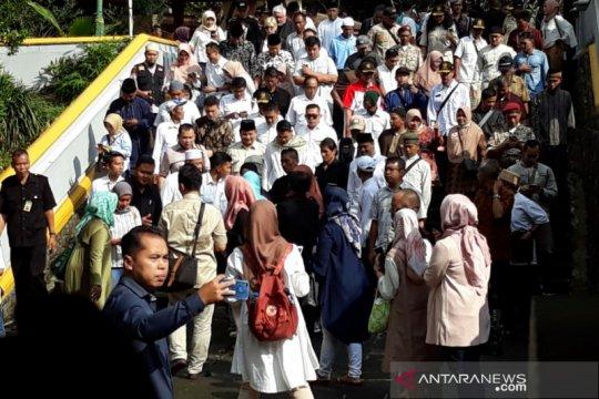 Prabowo ziarah ke makam Presiden Soeharto